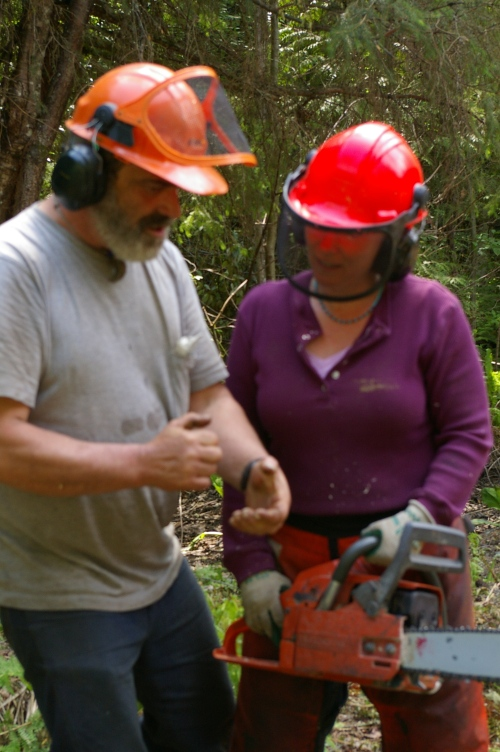 After making my first few cuts, Dave gives me a few more pointers.